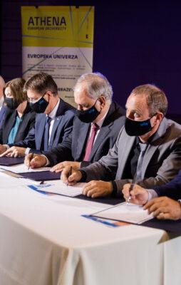 Članice evropske univerze ATHENA so s podpisom deklaracije opredelile nadaljnje sodelovanje